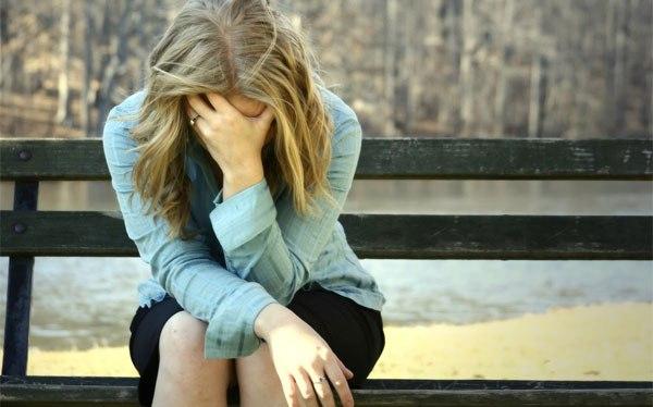 Из за чего возникает депрессия