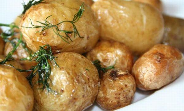 v-chem-vred-kartofelya