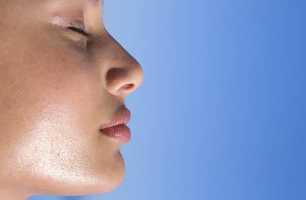 47 600 Расширенные поры кожи лица
